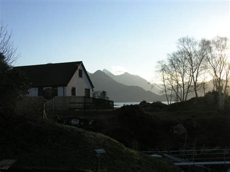 Mullardoch Cottages Loch Duich Cottage