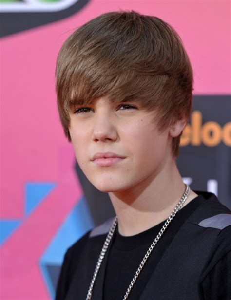 justin bieber biography video justin bieber biography pictures and biography