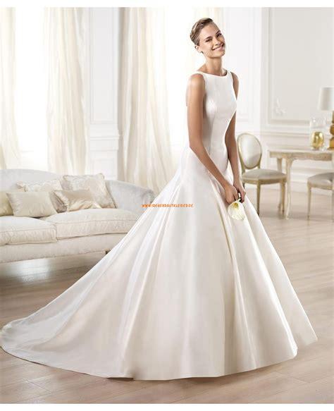 Brautkleider Y by Au 223 Ergew 246 Hnliche Aparte Hochzeitskleider Aus Taft