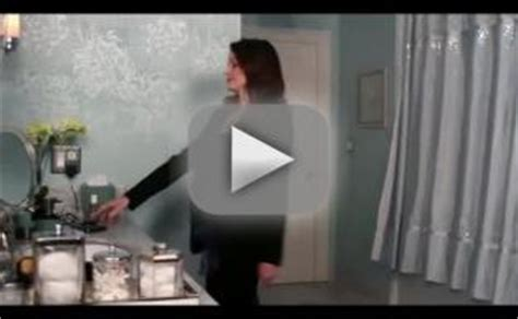 liar liar bathroom scene text messages tv fanatic