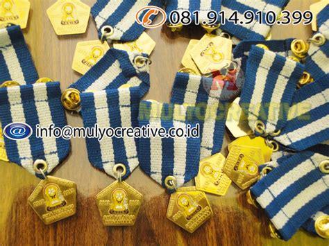 Gantungan Kunci Akrilik Bulat Persegi Panjang medali penghargaan lencana penghargaan bintang tanda