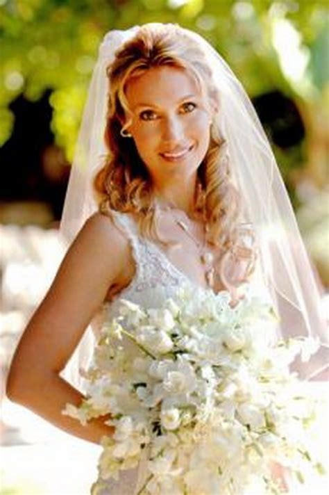 hairstyles down with veil wedding hair half up half down with veil