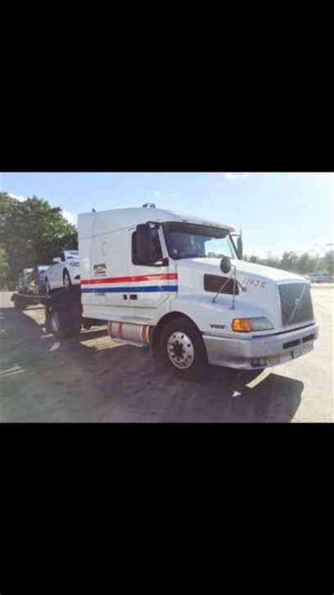 2001 volvo semi truck volvo vnl42 2001 sleeper semi trucks