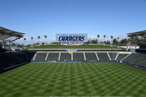 will the los angeles chargers a home field advantage