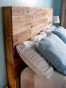 Wood Pallet Headboard Diy Reclaimed Wooden Pallet Headboard Pallet Furniture Plans