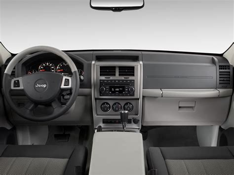 jeep patriot 2010 interior 2010 jeep liberty reviews and rating motor trend