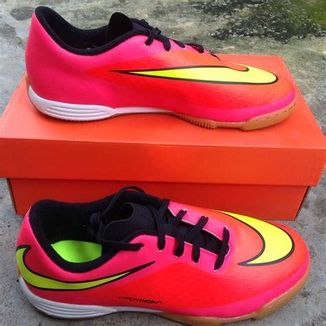 Sepatu Futsal Anak Komponen terjual sepatu futsal kets anak adidas nike all original kaskus