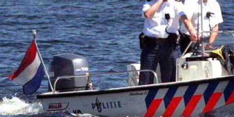 snelheid speedboot speedboot in beslag genomen na achtervolging met hoge