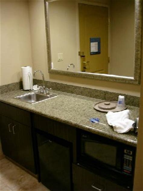 Bar With Sink And Refrigerator Bar Sink Fridge Microwave Picture Of Hton Inn