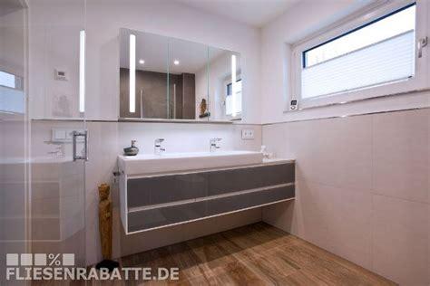 welche möbel passen zu hellem laminat wohnzimmer laminat farbe