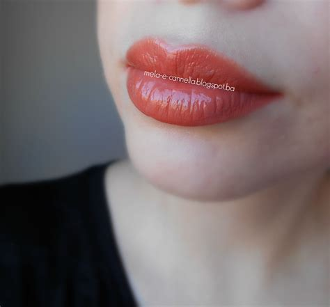 Lipstik Silky mela e cannella avon true colour supreme nourishing