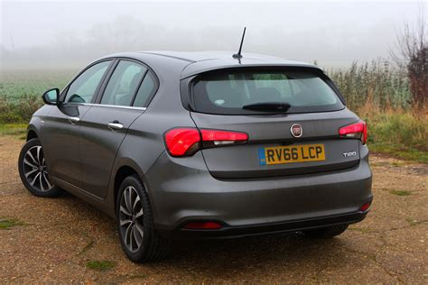 fiat hatchback fiat tipo hatchback 2016 buying and selling parkers