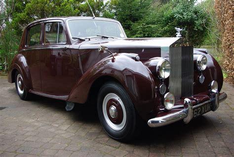 roll royce burgundy victoriasportscars