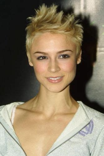 samaire armstrong short hair 7 top rated samaire armstrong hairstyles pixie cut bob