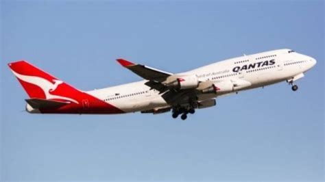 this boeing 747 is being the iconic boeing 747 reaches end of its time in the air