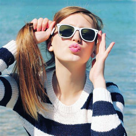 plump  pout  expert beauty tricks  full luscious
