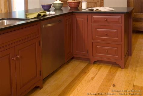 Dishwasher Kitchen Cabinet Pictures Of Kitchens Traditional Two Tone Kitchen Cabinets Kitchen 141