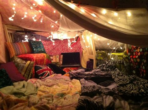 how to make a fort in the living room best 25 blanket forts ideas on fort ideas pillow forts and forts