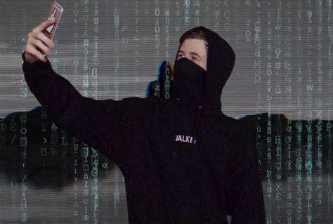 alan walker quiz the matrix selfie gif by alan walker official find