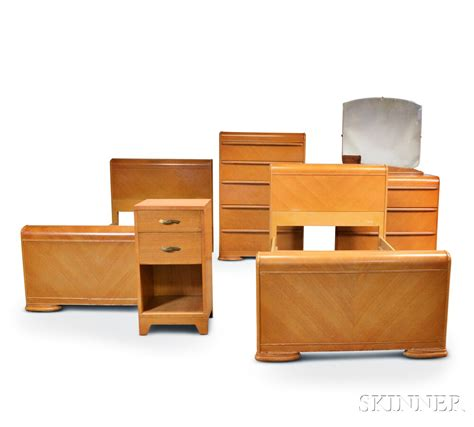 bleached oak bedroom furniture art deco bleached oak bedroom suite sale number 2938t lot number 1714 skinner auctioneers