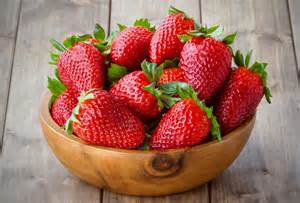 6 sweet things to do with strawberries
