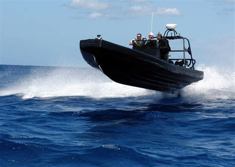 speed boat qualifications file us navy 040528 n 3019m 006 quartermaster 1st class