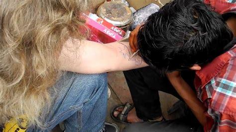 henna tattoo machen lassen fc z 252 rich fan l 228 sst sich ein fc basel henna machen