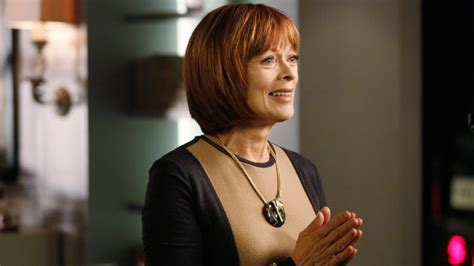 actress frances fisher movies castle s frances fisher on arc striking a chord with