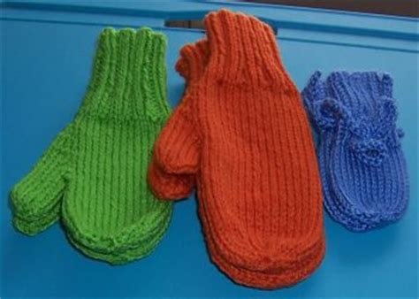 knitting patterns for mittens on four needles two needle mittens free knitting pattern simple