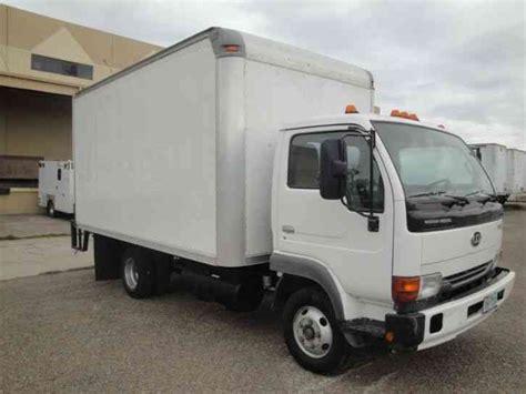 nissan box nissan ud ud 1300 2007 box trucks