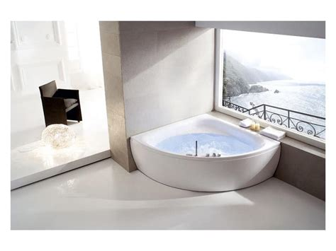 hotels with whirlpool bathtubs bath with whirlpool with 7 jets for hotel room idfdesign