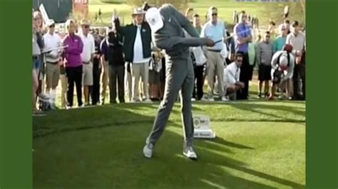 tiger woods stops swing tiger woods stop hurting yourself better golf with the