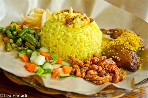 Nasi Kuning Ekonomis nasi kuning citra leo hartadi flickr