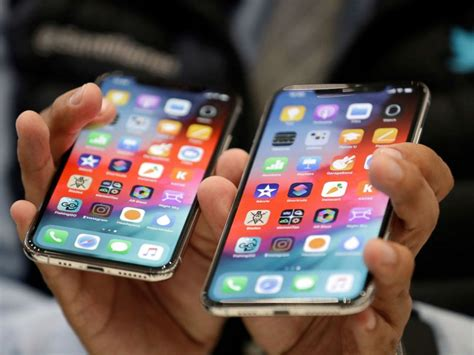 apple ceo tim cook defends pricing   iphones abc news
