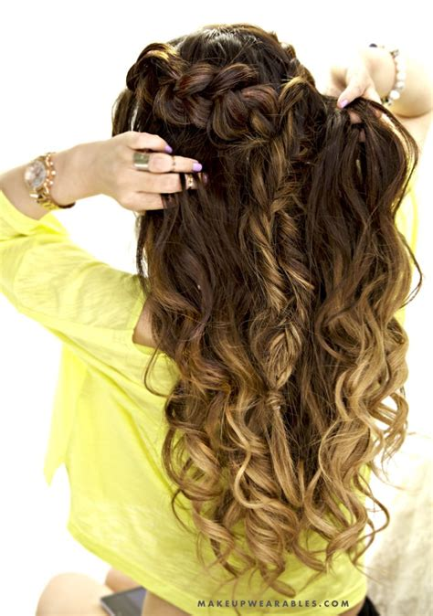 cute half up half down hairstyles for naturally curly hair cute combo braid half up half down hairstyle school