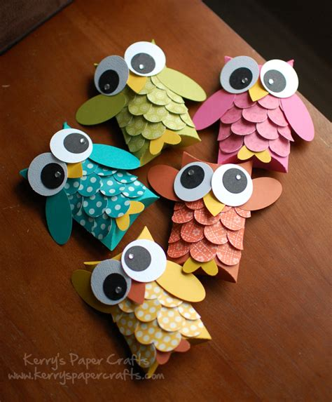 Paper Owls - adorable owl crafts lines across