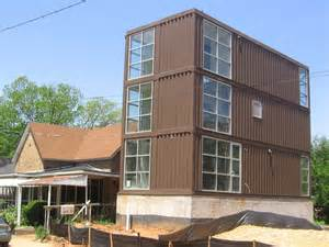 affordable student housing in the form of shipping