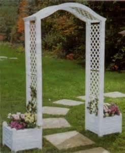 wedding trellis plans pin by hazel bibile on wedding decisions decisions