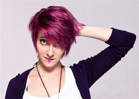 short hairstyles with dye permanent purple hair dye that is nothing short of spectacular