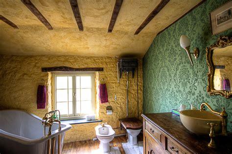 edwardian bathroom wallpaper  ideas enhancedhomesorg