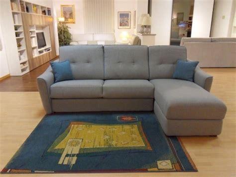 aerre divani prezzi divano letto evolution aerre salotti a prezzo outlet