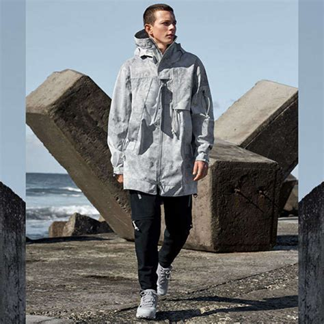 lose    adidas day  aw outdoor