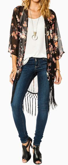 Bluma Kimono White Brown 26 ways to style a kimono for colorful kimono styled with belted high waisted flares a