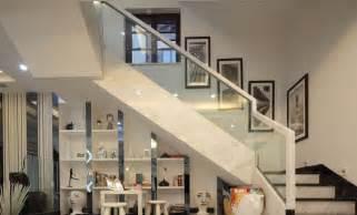 Modern villa interior staircase design