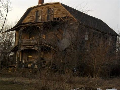 real haunted houses in illinois haunted house lowpoint illinois haunted illinois pinterest
