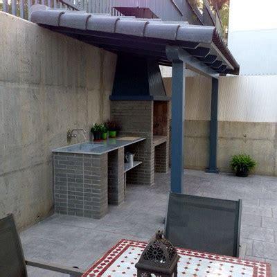 patios con barbacoa construir tejado para barbacoa en patio carri 243 n de