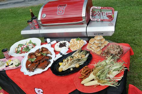 Backyard Bistro Raleigh Carolina by Let Backyard Bistro Take Care Of Your Tailgate Raleigh