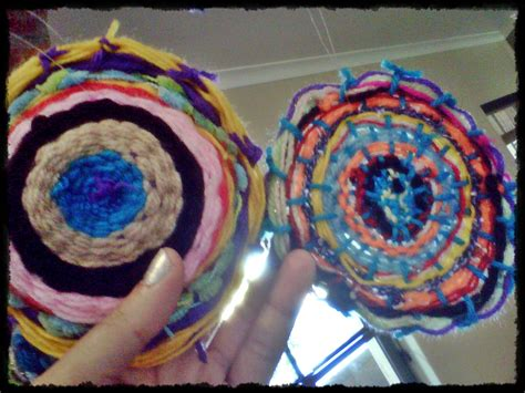 Weaving In Circles Monni