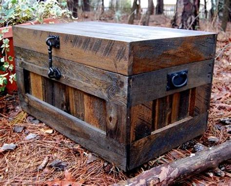cama trunks wooden pallet trunk ideas diy pallets designs
