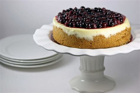 tyler florence cheesecake recipe tyler florence s ultimate cheesecake keeprecipes your